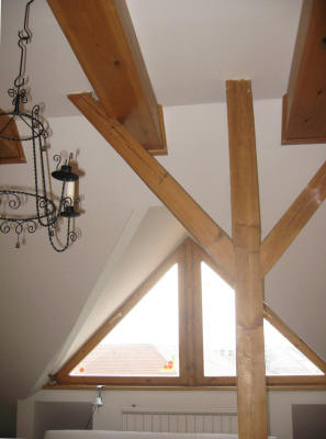 wooden_beams_everywhere