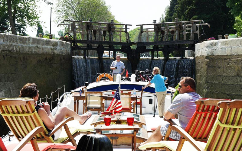 Going through one of the Canal du Midi's locks is great fun!