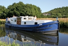 Traditional-style canal barge